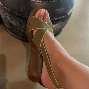 NWOT AEROSOLE Olive Green Strappy Wedge